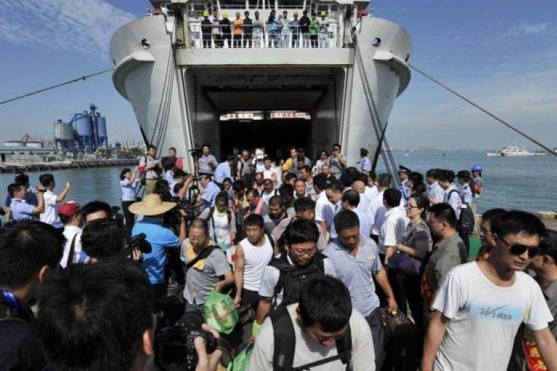 中國在越南全面撤僑。