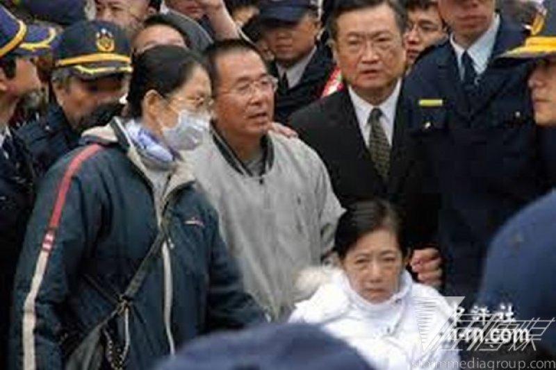 因為法務部矯正署作業不及,前總統陳水扁無法回家跨年。(中評社)