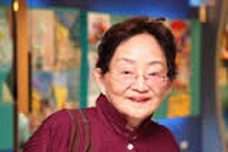 知名作家施寄青驚傳因心肌梗塞過世,享壽68歲。(取自金石堂網路書店)