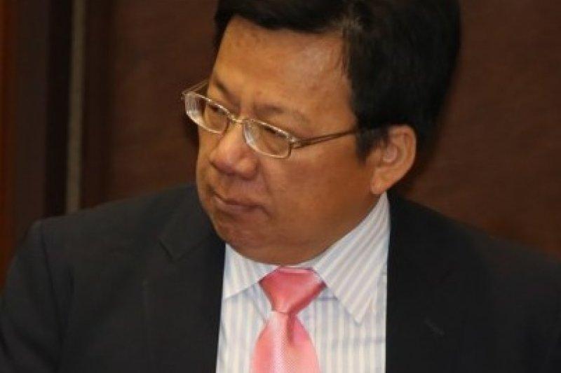 召集人李俊俋表示,中央黨部與立院黨團將各自分工,針對不同的修憲議題討論,也持續與公民團體聯繫合作。(余志偉攝)