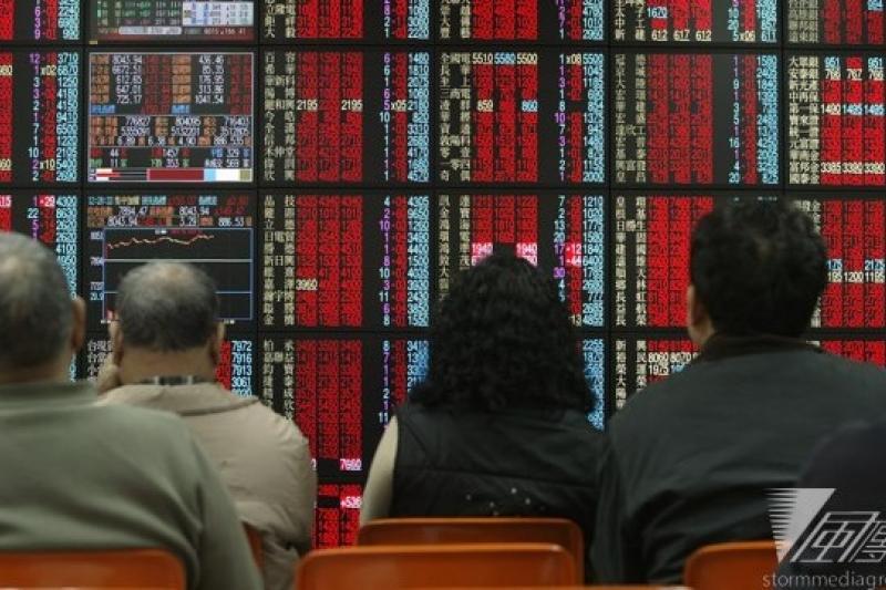 金管會下周將舉行記者會,宣布放寬股市漲跌停的限制到10%,上下漲跌空間放寬到20%。(資料照片,余志偉攝)