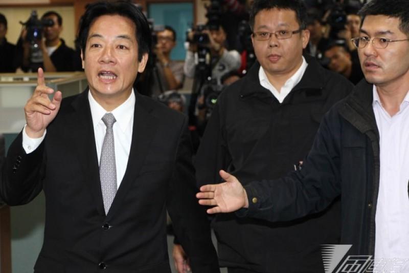 台南市長賴清德接受專訪批評國民黨「以黨領政」,混亂憲政體制。國民黨發言人陳以信26日反批,賴清德抵制台南市議會的作為,才是紊亂憲政體制的最壞示範。(葉信菉攝)