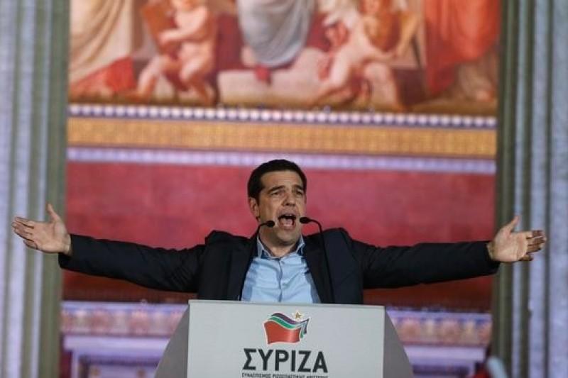 希臘激進左翼聯盟領導人齊普拉斯在首都雅典發表勝選演說(美聯社)