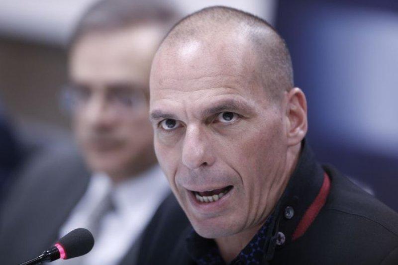 希臘新財長是知名經濟學家,而他說自己當經濟學家就是為了揭穿經濟學的謊言。
