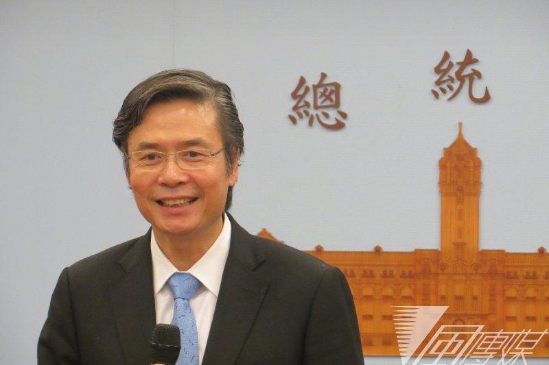 國安會祕書長金溥聰請辭後,11日與媒體茶敘。(仇佩芬攝)