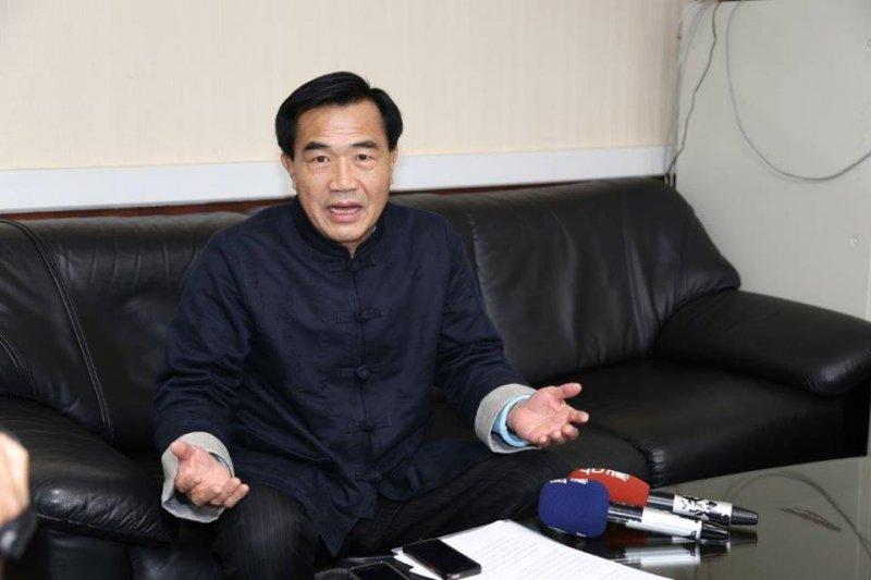 台南市議長賄選案,國民黨12日上午召開考紀會,決議將李全教先予以停權處分,等一審判決結果出爐之後,再做後續處理。