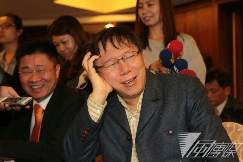 台北市長柯文哲13日晚出席幸福大聯盟成立典禮。(余志偉攝)