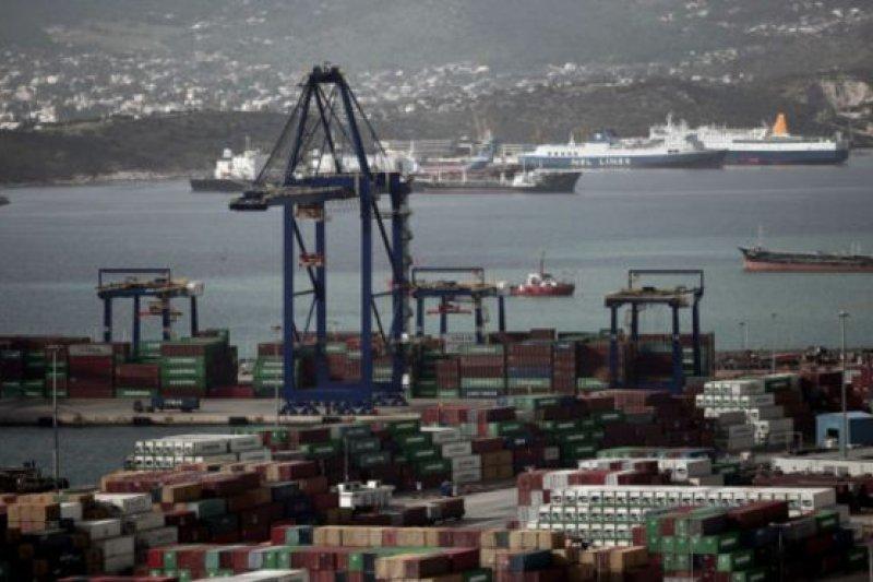 中國國有航運公司中遠集團已接管希臘比雷埃夫斯港。