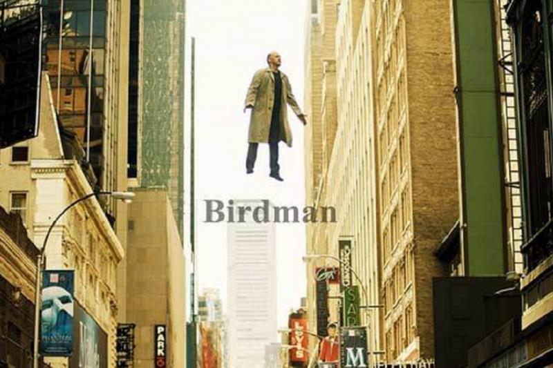《鳥人》獲得奧斯卡最佳電影、最佳導演和最佳攝影獎 。(電影海報)