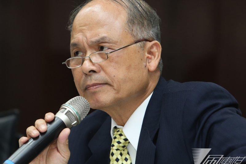 財政部長張盛和2日接受廣播節目專訪,他表示,房地合一並非為了打房,先通過才是最重要的。(資料照片,吳逸驊攝)