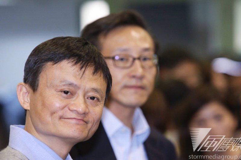 中國電子商務龍頭阿里巴巴集團主席馬雲今(3)日於台大講述個人創業經過。(林韶安攝)