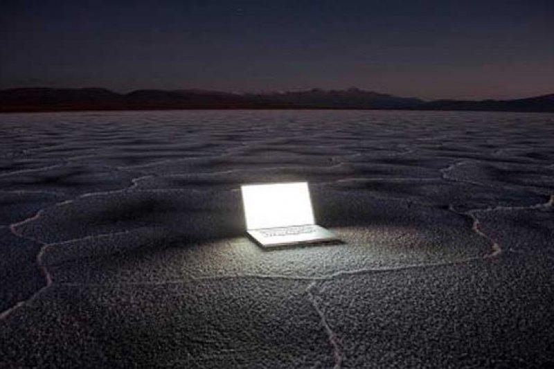 網路世界為寂寞的人找到一個出口。(騰訊大家網)