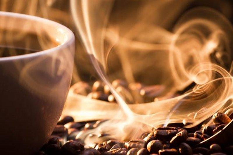 巴西研究人員在咖啡中發現類鴉片胜肽,具止痛鎮定效用。(取自推特)