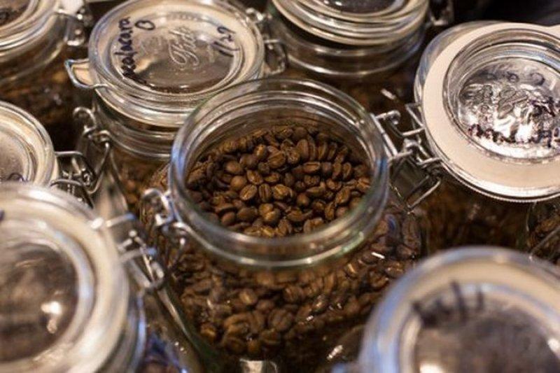 全球咖啡最大產國巴西遭逢80年來的大旱,咖啡豆歉收的結果將導致價格上漲。(取自推特)