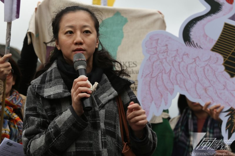 媽媽監督核電聯盟成員冷彬表示,反核議題中對科學專業的論戰,彰顯的是「台灣在教育及人才培養過程中,人文理工切割上的明確」。(楊子磊攝)