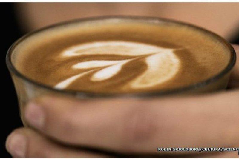 韓國最新研究顯示,每天喝3到5杯咖啡可能避免導致心血管疾病的動脈阻塞危險。