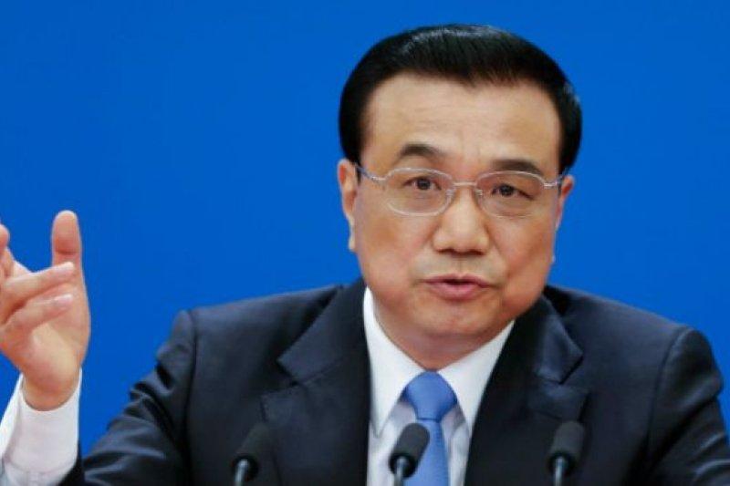 《金融時報》注意到,中國總理李克強在人大閉幕記者會上遇到兩個似乎事先沒準備的問題。(BBC中文網)