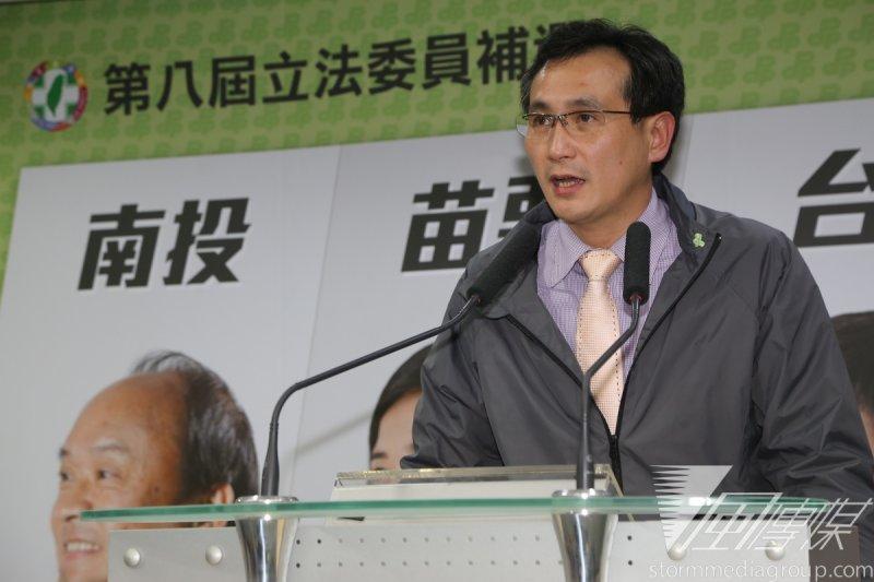 民進黨發言人鄭運鵬表示,在立委初選期間,黨主席蔡英文不會介入。(資料照片,楊子磊攝)