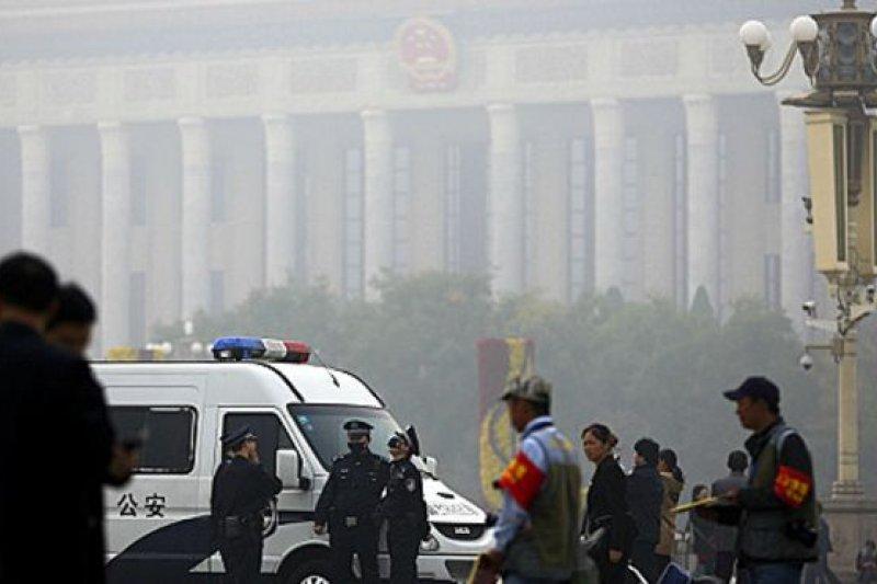 這5名女權活動人士是在3月初中國人大政協兩會即將召開之前被拘押。(BBC中文網)