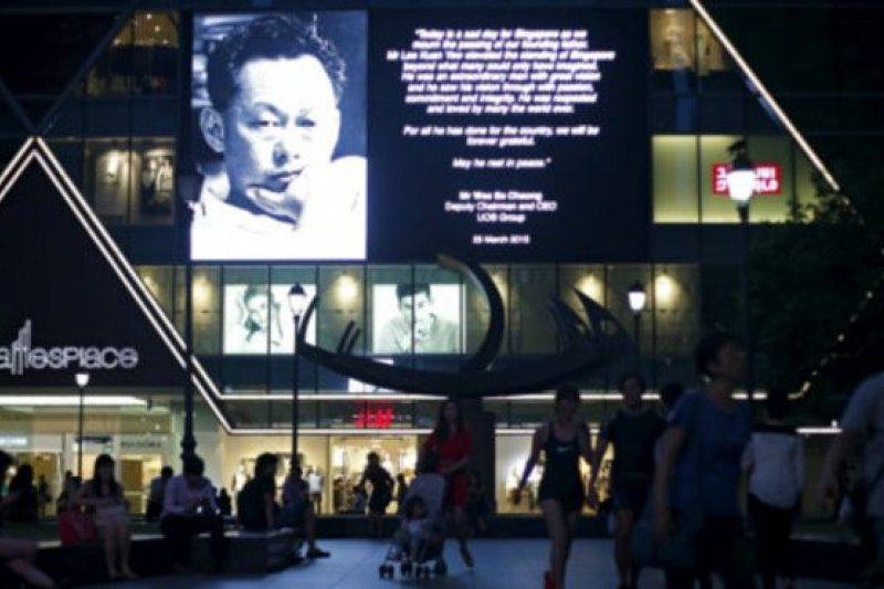 新加坡人紛紛悼念李光耀