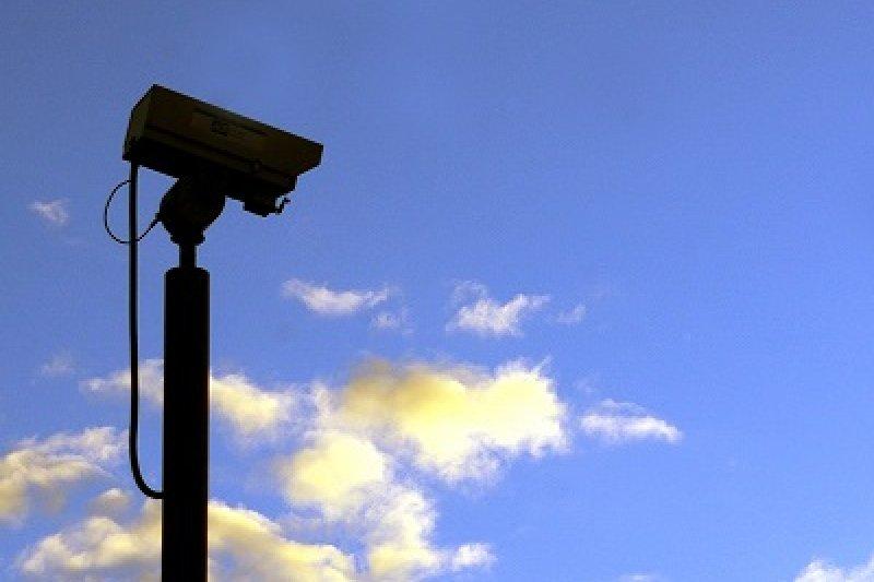 尖端科技在人類歷史上不斷扮演「自由突破」的角色,中國卻反轉成絕對的自由監控。(圖取自 CameraCharlie@flickr)
