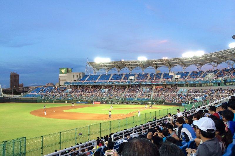 林福德表示,規劃六都各擁有一支屬地職棒球隊,希望半年內就能定案。(資料照,取自Flickr@boomer-44)