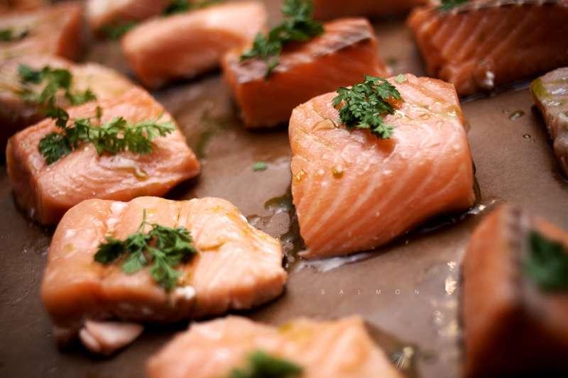 大部分魚類都是減脂好朋友,因為都富含豐富蛋白質兼具飽足感。(圖/Camilo Rueda López@flickr)
