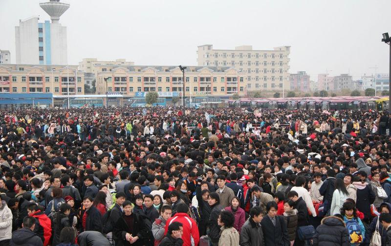 中國每逢春運,就有幾億人在短時間內長途跋涉。