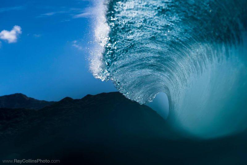 在Ray Collins的鏡頭底下,海浪的波動彷彿靜止,讓人定睛欣賞。(圖/Ray Collins粉絲專頁)