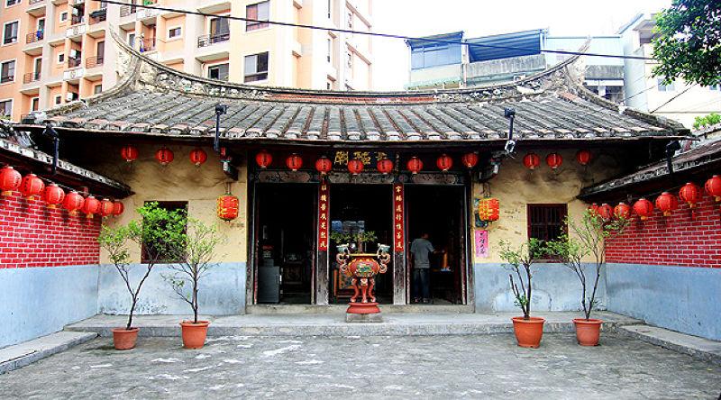 擁有200年歷史的宰樞廟,跟三峽祖師廟年紀一樣大。(圖/作者)