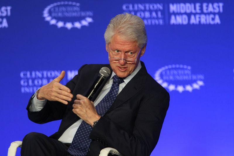美國前總統柯林頓卸任後的演講收費高昂。(美聯社)