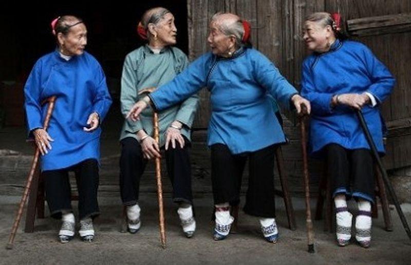 中國農村還有小腳婦女。(農村信息網)