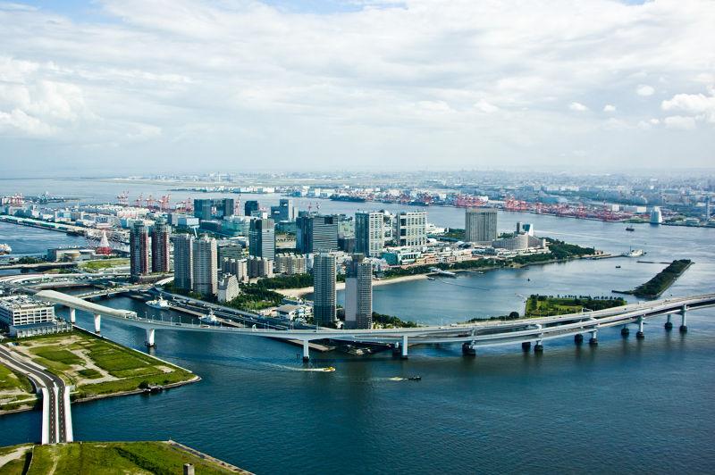 擁有氣派美景的灣岸高樓,是中國富裕階層的購屋首選。