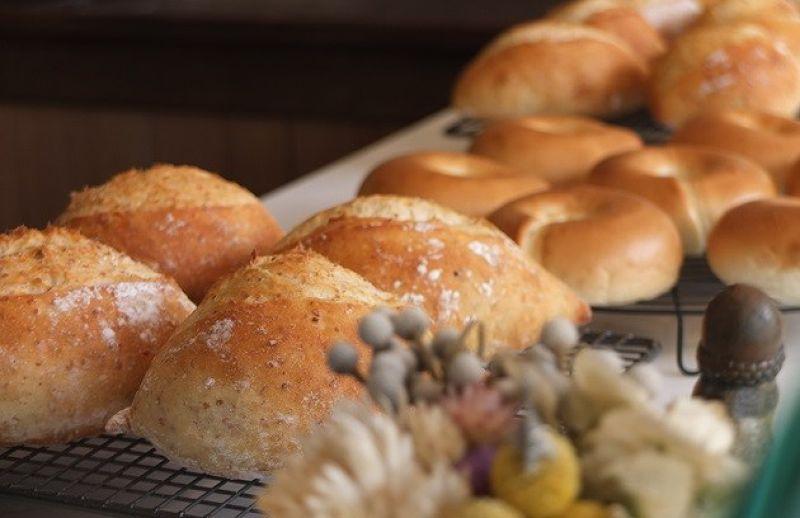 JR每日限量的手工麵包。