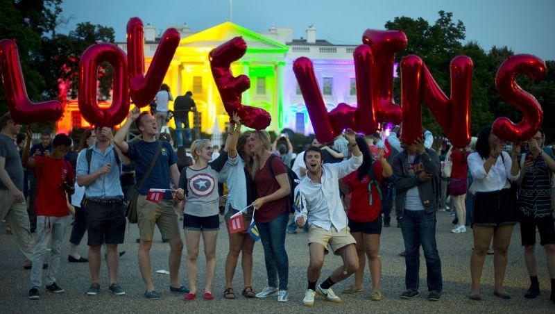 美國同性婚姻合法化,舉國歡騰「愛贏了!」(美聯社)