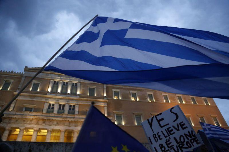希臘不但債務違約,更面臨退出歐元區的危機。