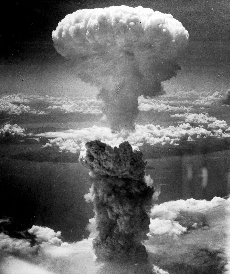 長崎原爆蕈狀雲(維基百科)