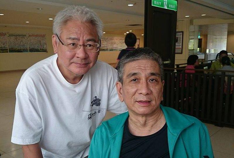 作者李長聲探望老友「浩哥」,照片由另一位摯友傅月庵拍攝。(傅月庵提供)