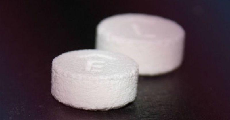 美國FDA日前核准了全球首批3D列印藥丸。(取自推特)