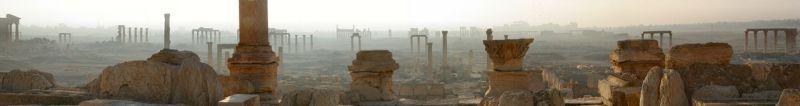 晨曦中的帕米拉全景。(維基百科)