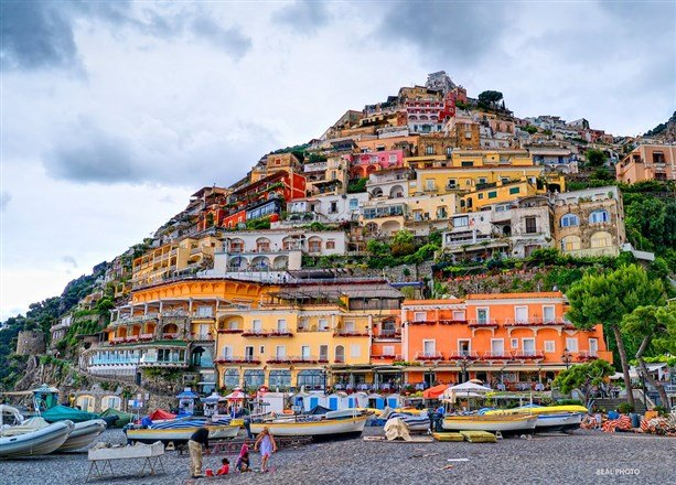 阿瑪菲海岸以其崎嶇的地形、如畫的美景、城鎮的獨特和多樣性,在1997年被列入世界文化遺產。(圖片來源:Flickr CC授權作者Andy Beal)