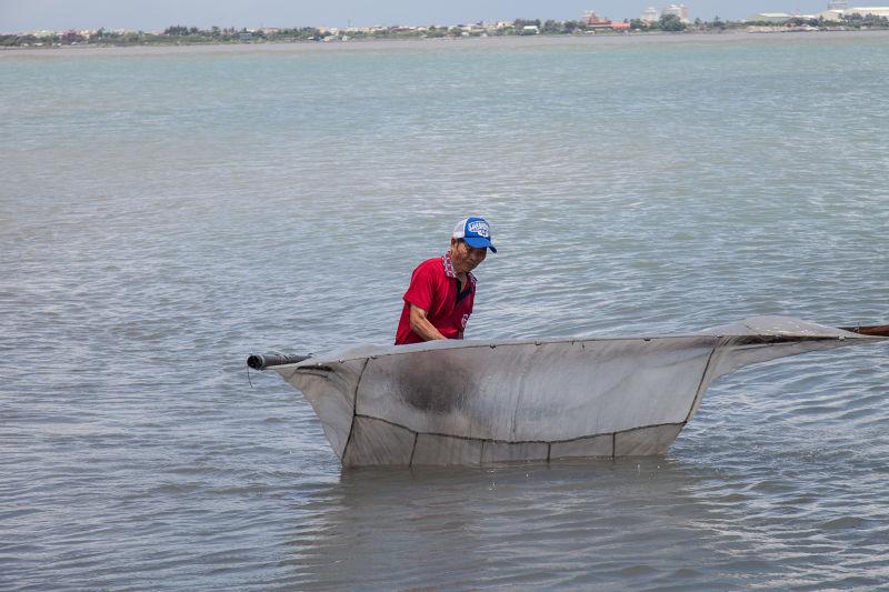 從捕魚學習人生(圖/行人文化實驗室提供)