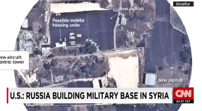 美國國防部從衛星照片研判,俄軍正在敘利亞建造空軍基地。(翻攝CNN)
