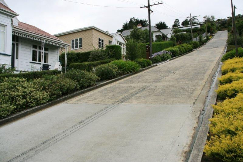 全世界最陡的街道可來挑戰自己的腳力 圖/ Ingolfson@wiki