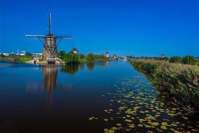 距離荷蘭鹿特丹東方約15公里的小孩堤防(Kinderdijk)(圖片來源:Flickr CC授權作者Paul Gagnon)