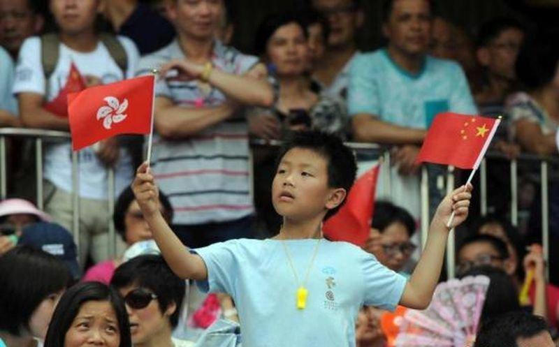 香港回歸十八週年,人心都回歸了嗎?(中新網)