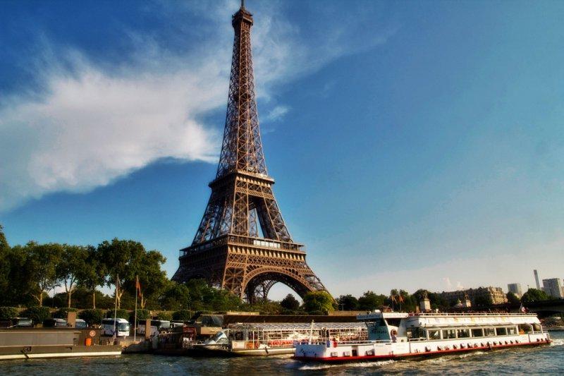 Eiffel01.jpg