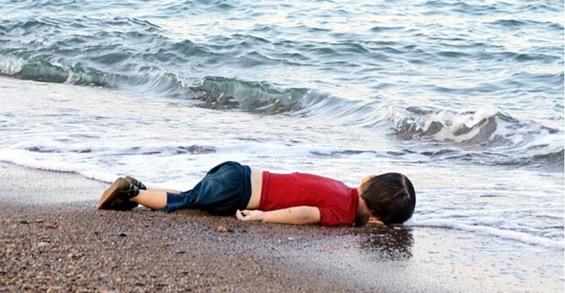 喪生在海灘的敘利亞小孩讓全世界心碎。