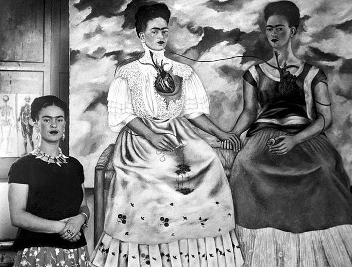超現實主義大師安垂‧布列東對她的作品驚為天人。