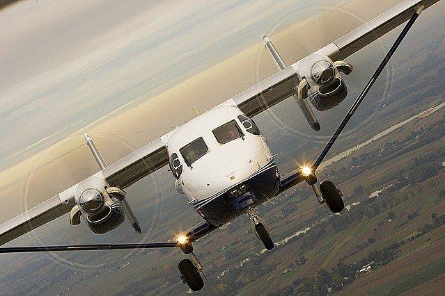 接手經營蘭嶼、綠島等5條偏遠離島航線的全球通航空,規劃在8月底引進波蘭PZL產製的M-28型客機,卻因故跳票。(取自pzlmielec官網)